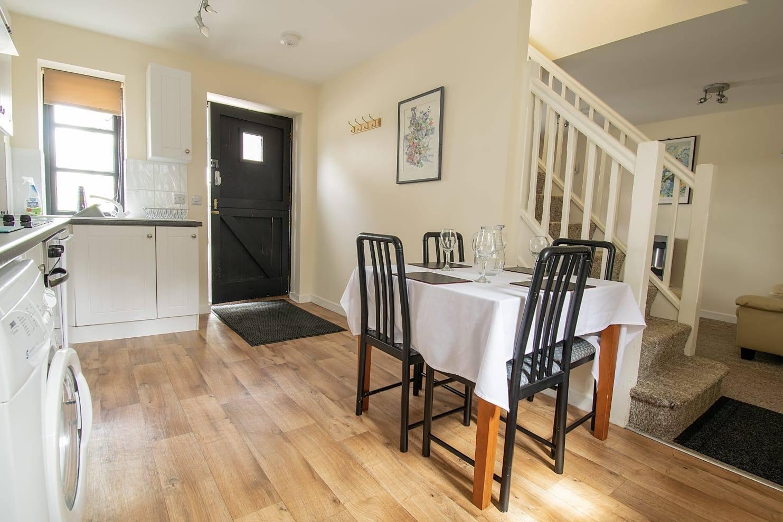 kitchen diner cottage